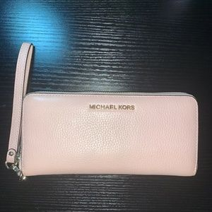Michael Kors Blush Pink Wristlet wallet